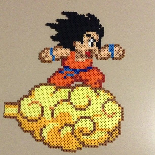 hama beads de dragon ball consola y tablero. Black Bedroom Furniture Sets. Home Design Ideas