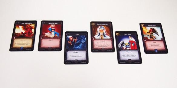 Ejemplo de cartas jugadas en la fase de melé.